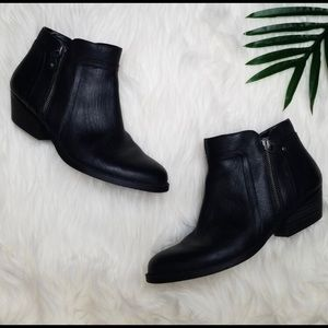 Nine West black leather ankle boots 7.5